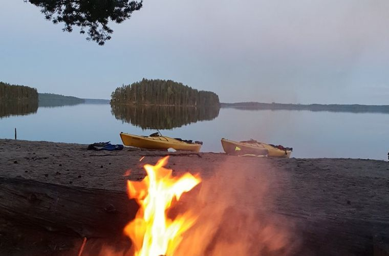 Melontaretki Lammassaareen kisailuineen ja eväineen, Itä-Suomi, Ilomantsi
