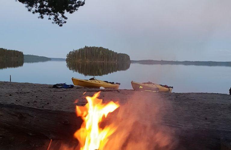 Padding in lake Koitere, KoiHu Adventures